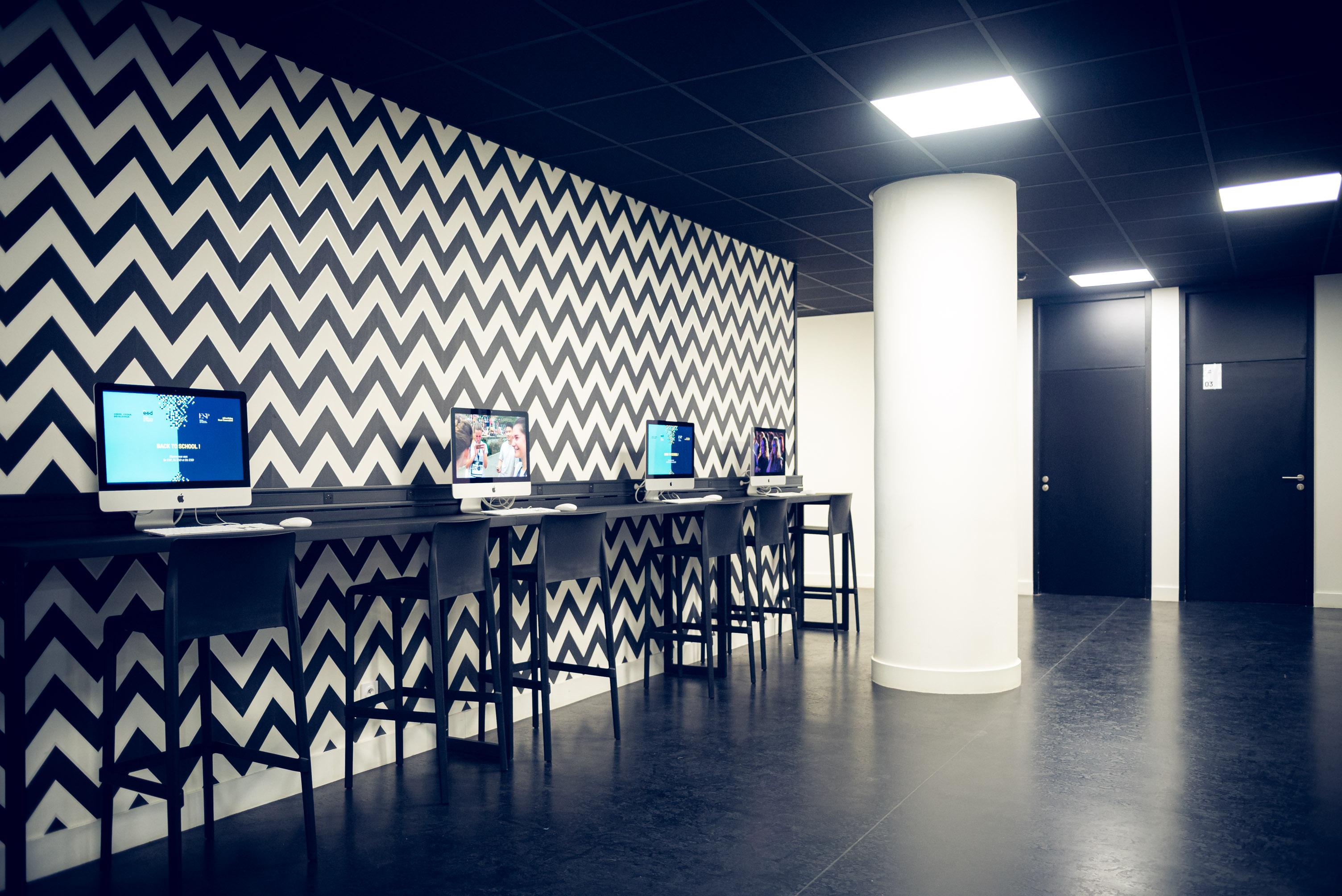 Couloir accueil ESP Bordeaux