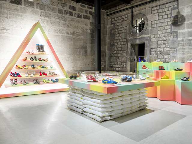Exposition Playground Sneakers ESP